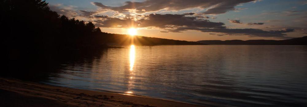 Header Image - deep-river-sunset-1415129988.jpg